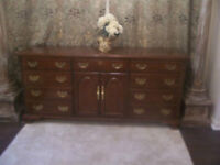 Fancy LARGE Mahogany Dresser Chest for sale I DELIVER