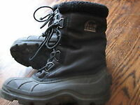 Sorel size 5 and 7 boy winter snow boots