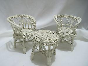 used white wicker furniture - White Wicker Chair