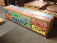 •TV UNITS - WAREHOUSE CLEARANCE END OF STOCK