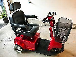 Fortress 1700 DT 3 wheel red mobility scooter