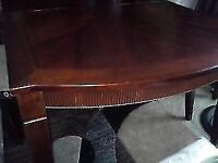 Dining Room Set 4 Chris & Table Moving Sale must go know
