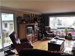 Maison mobile a vendre avec garage plus terr. 16 000 pieds carré