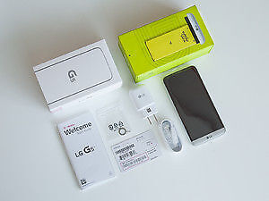 Mint LG G5 Unlocked with box and all accessories