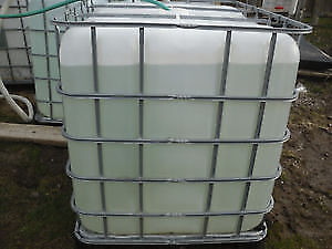 """TOTES - 1000L/1200L PLASTIC TOTES FOR SALE   Outlet with 2"""" valv"""
