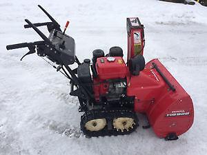 Honda HS928 Snowblower