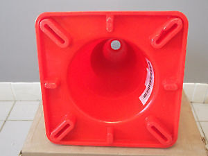 "ULINE REFLECTIVE 18"" TRAFFIC CONES & SAFETY VESTS London Ontario image 4"