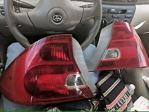 2 tail light civic 01-05 $40