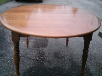 Great Retro Maple Dining Table & 4 Chairs! Plus One?