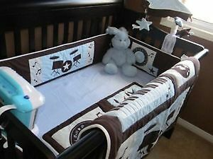 Crib Bedding/ Matching Lamp, Mobile and Valance Cambridge Kitchener Area image 1