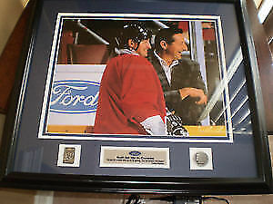 LIKE NEW! FRAMED PICTURE Wayne Gretzky & Father