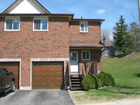 South West Barrie End Unit Town Home MarkTurcotte.ca