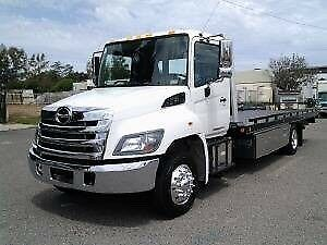 Towtruck flatbed service 24/7