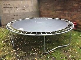 Trampoline 10 ft (with enclosure)