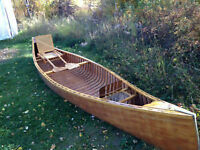 ********Old wooden canoe wanted, does not need to float*********