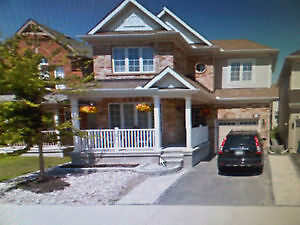 KANATA/STITTSVILLE: Large Room+Own Bathroom in Lovely Home