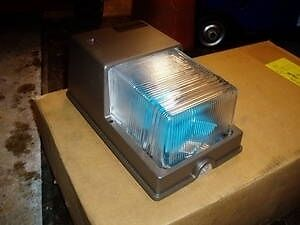 Metal Halide Wall Light NEW