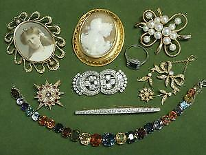 WE WANT TO BUY YOUR OLD UNWANTED JEWELRY