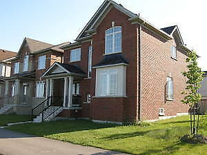 Bright and Beautiful Corner Lot Detached Family House in Markham