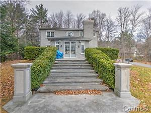 LUXURY HOUSE FOR SALE *******BLAINVILLE ****