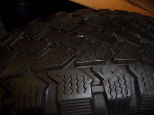 4 pneus d'hiver 195/65/15 Snowtrakker Radial ST/2