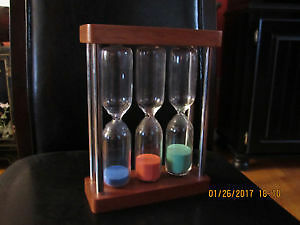 Triple wooden decorative hourglass - NEW