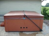 Hot tub cover with lift