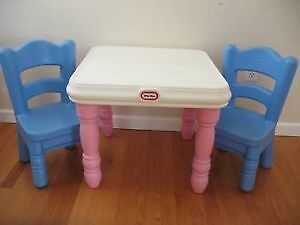 Little tykes table+ chair set