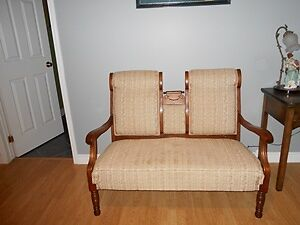 Lovely Clean Antique Settee for sale!