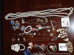 COSTUME JEWELLERY #6 53 PIECES FOR $5