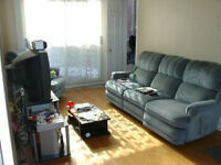 1 1/5 A 4 1/2  PLATEAU  Ave Mont-Royal