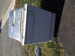 White Dishwasher 24' and Electric Coil Stove 30'