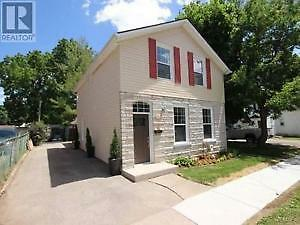 Gorgeous detached 2-storey house FOR RENT or RENT TO OWN!