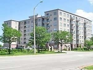 Very Spacious Condo With 2Bdrm and 2 washrooms(5406)