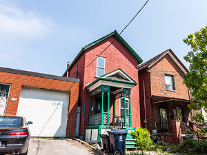 DOVERCOURT AND DUPONT HOUSE FOR RENT