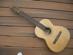 Giannini Concert classical guitar $935 WOW awesome