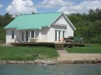 Lake Front Cabin Available For Weekly Rental