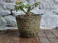 Garden planter - Olde brick style