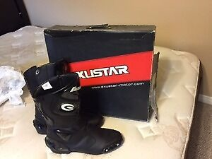 Motocycle boots new