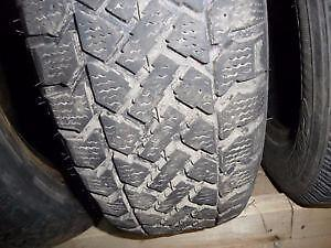 4 pneus d'hiver 185/65/15 Snowtrakker Radial ST2