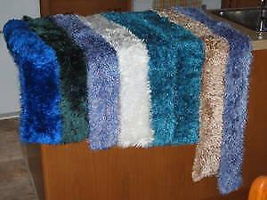 Foulards tricotés