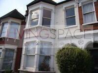4 bedroom flat in Wightman Road, Manor House