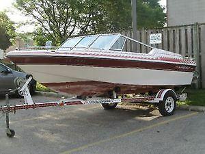 Excellent Eondition 15 ft Sunray Bowrider + Trailer