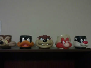 Looney Toons 3-D collector mugs 1992 ONLY 9$ each............... London Ontario image 2