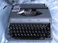whsmiths Fox Typerwriter made in Japan in Grey