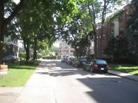 BEAUTIFUL 3.5 IN QUIET TOWN OF MOUNT ROYAL RESIDENTIAL Watch|Sha