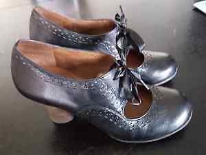 WOMEN'S SHOES - BRAND NEW!!!