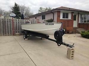 14 FT aluminum boat with trim trailer 20hp outboard