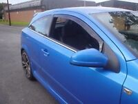 Vauxhall Astra H Mk5 Heko Wind & Rain Deflectors Internal Fitting Smoked Finish New inc Metal Clips