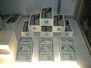 iphone 4,4S AND 3GS boxes 16 GB,32GB,64GB with ALL Accessories ( No iPHONE )